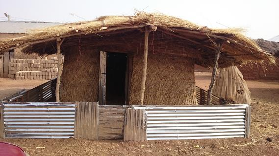 Improved yam storage structures2